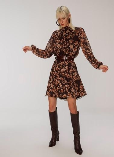 People By Fabrika Sırt Detaylı Elbise Kahve